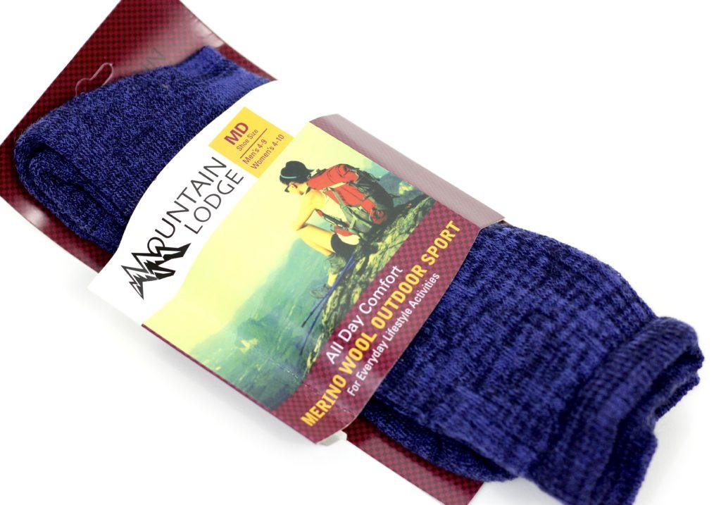 November 2016 Peaches and Petals - Mountain Lodge socks